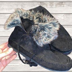 NWOT, Madden Girl, Faux Fur Moccasins, Size 6.5